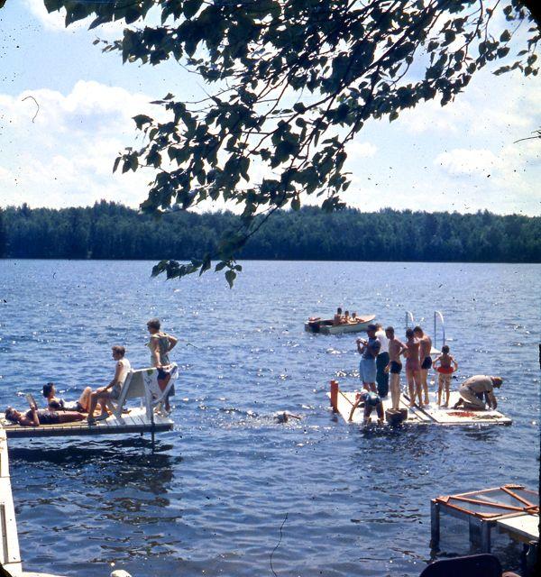1958 Raft floating