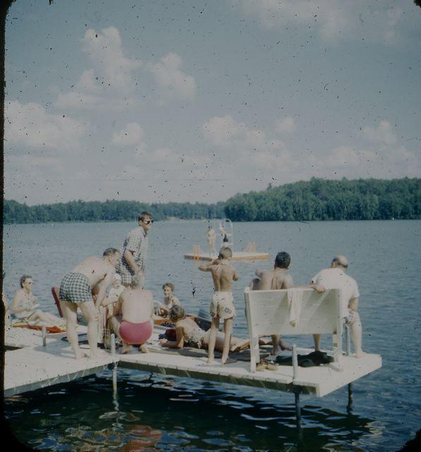 1960 Dock scene