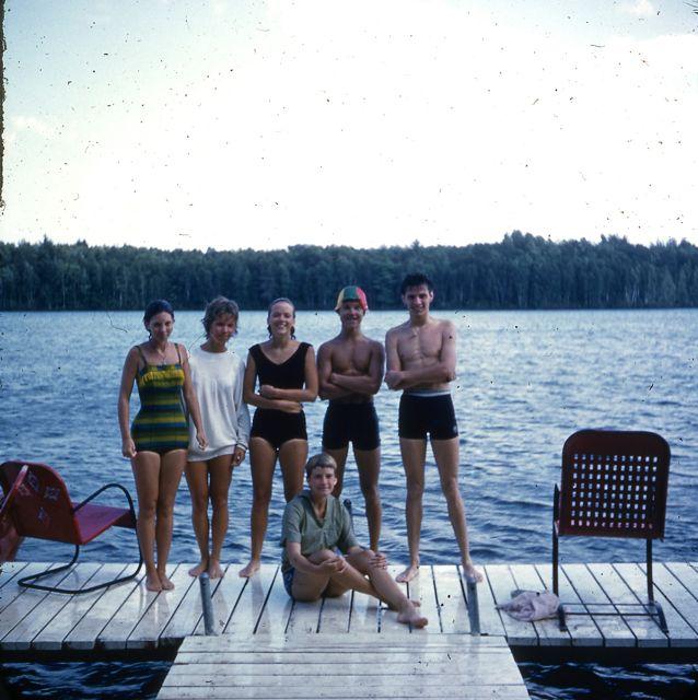 1961 Kids on dock